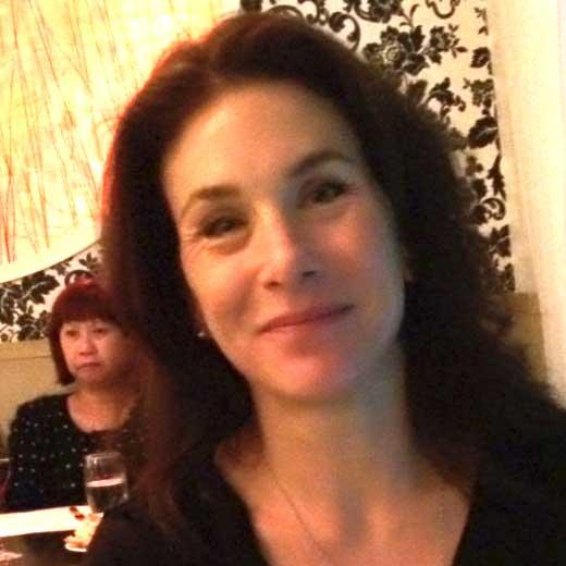 Dr Paula Barrie
